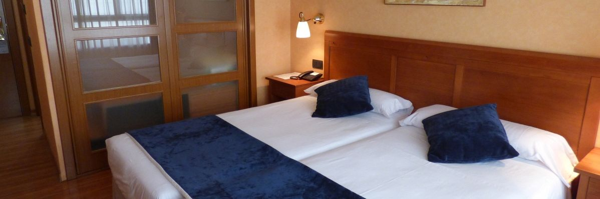 Double Standard Room With Extra Bed - Hotel Eco Via Lusitana - Hotel Eco Via Lusitana