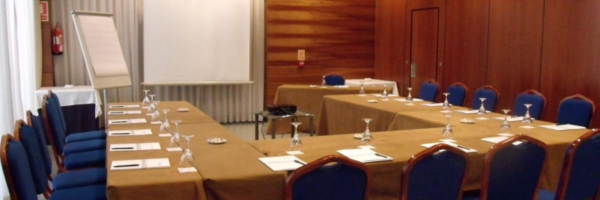 Meeting Rooms - Hotel Eco Via Lusitana - Hotel Eco Via Lusitana